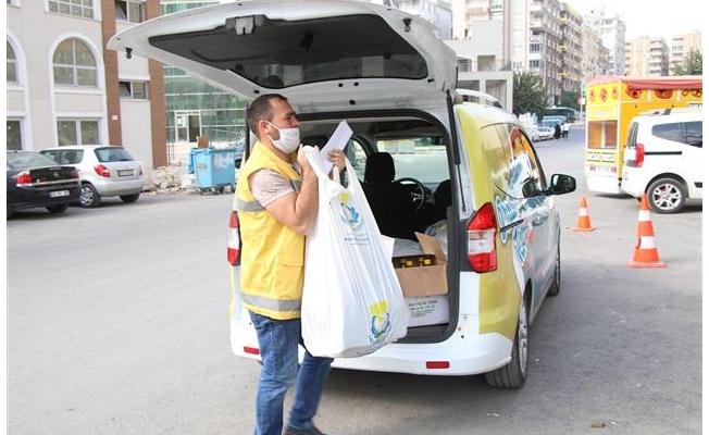 Haliliye'de ihtiyaç sahiplerine gıda desteği sürüyor