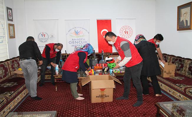 Amasya'dan Urfa'daki öğrencilere yardım
