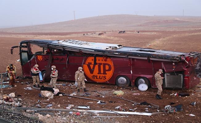 Şanlıurfa'da yolcu otobüsü devrildi: 1 ölü 28 yaralı