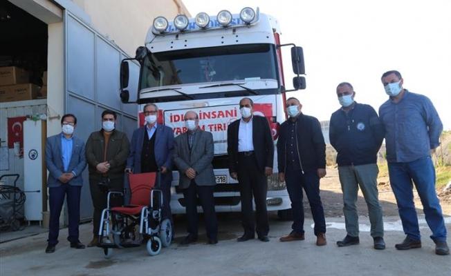 Şanlıurfa'dan İdlib'e İnsani Yardım Malzemesi Gönderildi