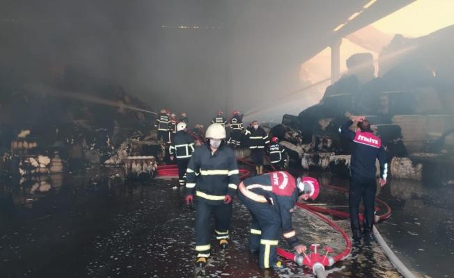Tekstil fabrikasındaki yangın söndürüldü