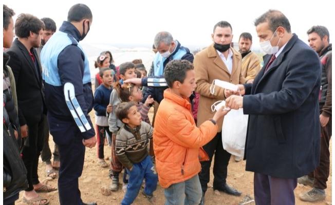 Akçakale kırsalındaki ailelere yardım