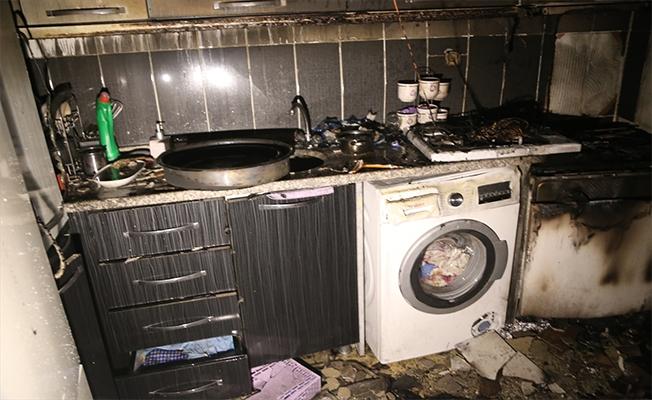 Evde çıkan yangında 1 kişi yaralandı, 2 kişi dumandan etkilendi