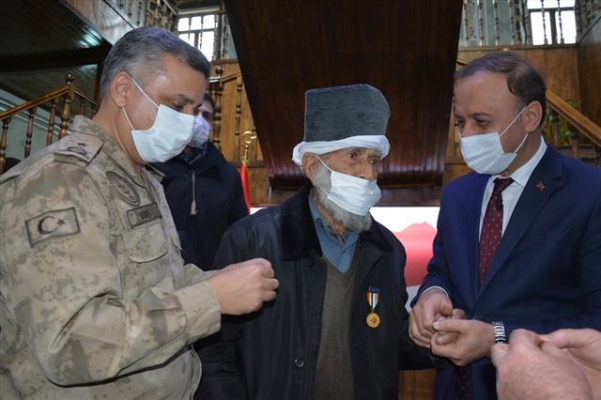 Cuma Kök, 71 yıl sonra madalyasına kavuştu