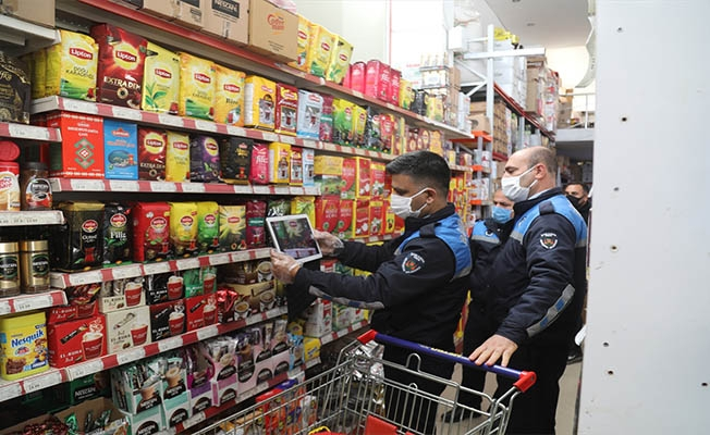 Şanlıurfa'da marketlerde fiyat denetimi yapıldı.