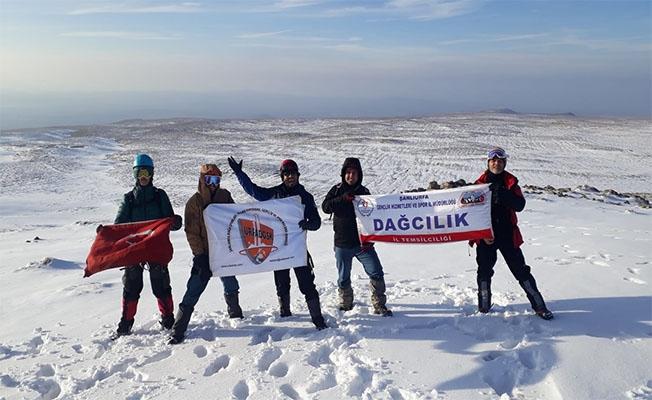 Urfalı Dağcılar Karacadağ'da kış tırmanışı eğitimi yaptı