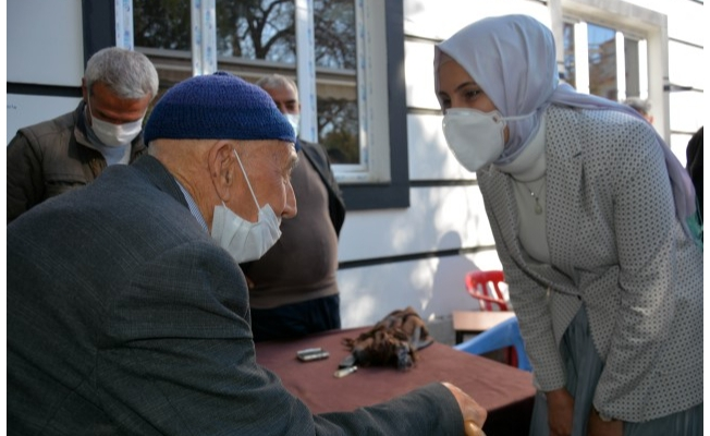 Başkan Çakmak, esnaf ve vatandaşları ziyaret etti