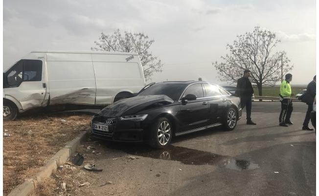 Şanlıurfa'da İYİ Parti konvoyunda trafik kazası: 4 yaralı