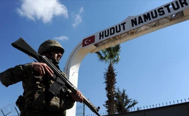 Suriye'den Türkiye'ye girmeye çalışan 11 kişi yakalandı