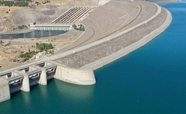 Baraj gölleriyle Türkiye'nin balık üretimine katkı sağlanıyor