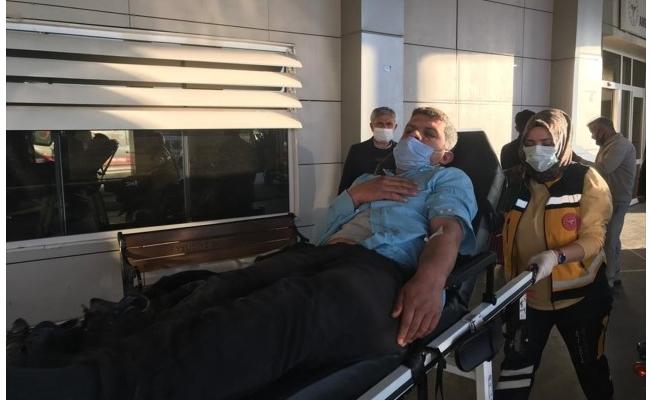 Şanlıurfa'da kamyonla otomobil çarpıştı: 6 yaralı