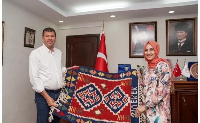 Kadıköy Belediye Başkanından, Çakmak'a Nezaket Ziyareti