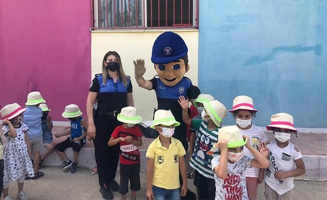 Şanlıurfa'da anaokulu öğrencilerine polislerden eğitim