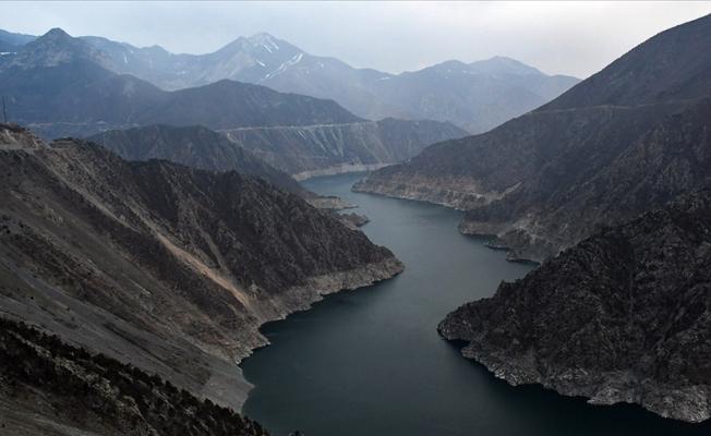 Barajlara gelen su miktarı yüzde 50 azaldı