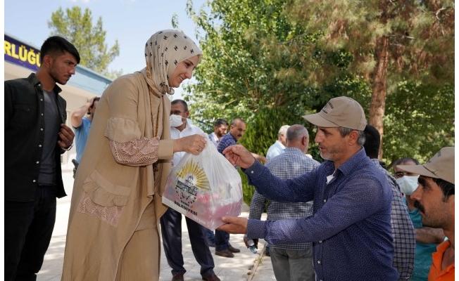 Başkan Çakmak belediye personeliyle bayramlaştı