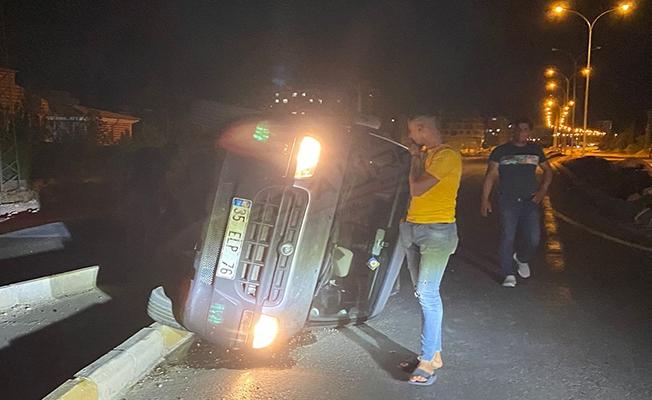 Karaköprü'de ehliyetsiz sürücü otomobille çarpıştı