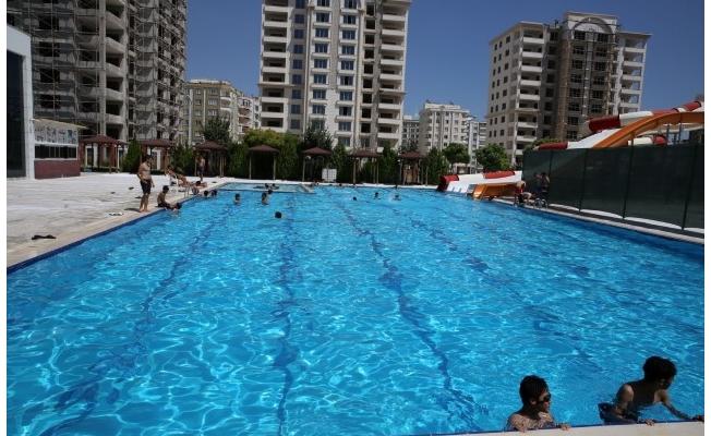 Karaköprü'de Yüzme Havuzu Hizmete Açılıyor