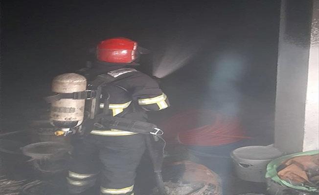 Şanlıurfa'da depoda çıkan yangın söndürüldü