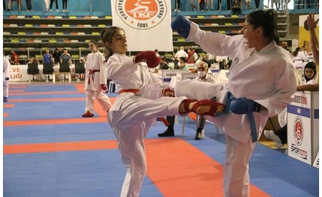 Türkiye Karate Şampiyonası, Şanlıurfa'da başladı