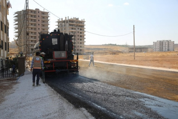 Haliliye'de Asfalt Çalışmaları İle Yollar Yenileniyor