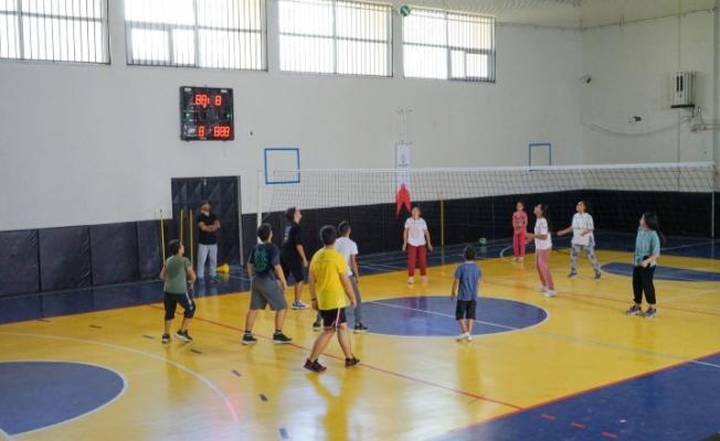 Karaköprü'de gençler sporla tanışıyor