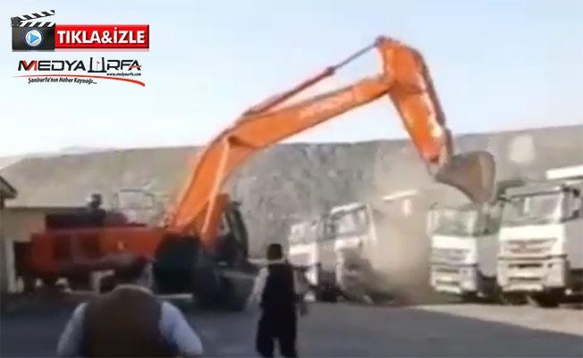Maaşını alamayan işçi kamyonları ezdi