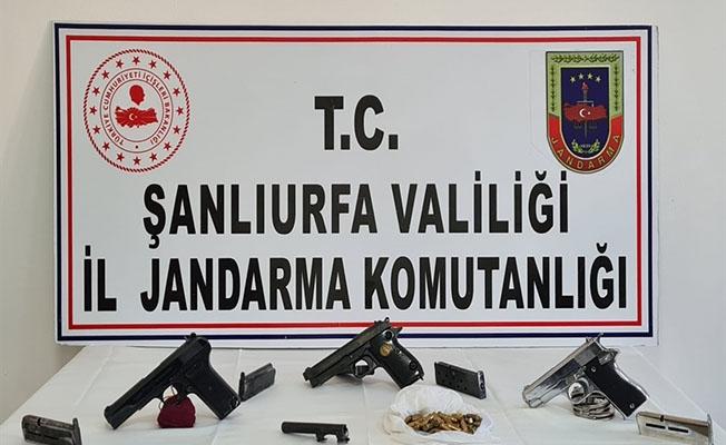 Şanlıurfa'da silah kaçakçılığı operasyonunda 2 şüpheli yakalandı