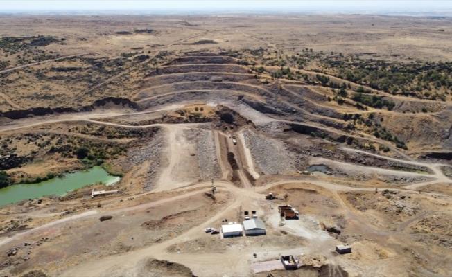 Şanlıurfa'daki Taşıkara Barajı'nda çalışmalar devam ediyor