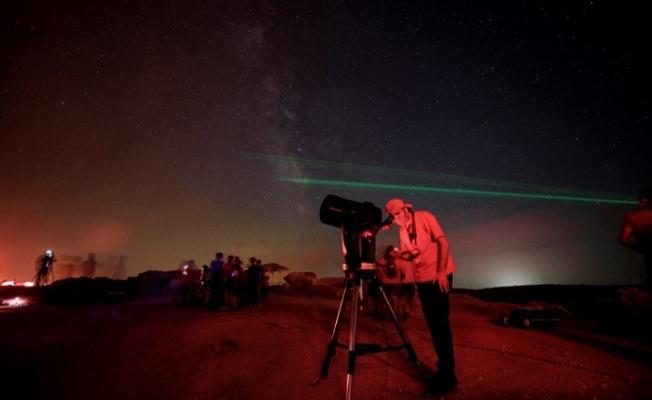 Tarihin gölgesinde teleskoplarla gökyüzünü izlediler