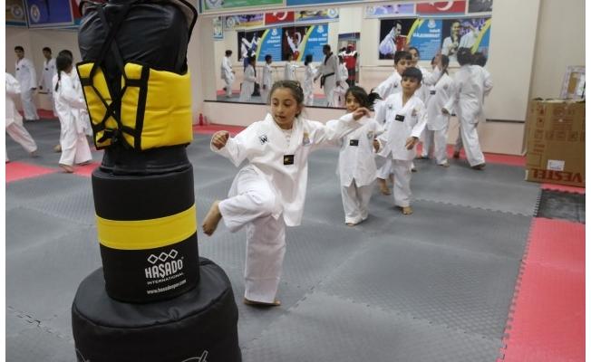 Yaz spor okulları çocuklardan yoğun ilgi gördü