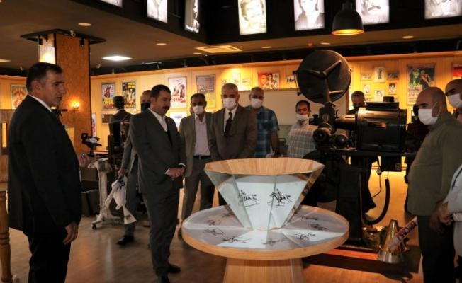 Eğitimcilere müzeleri ve bilim merkezini tanıttı