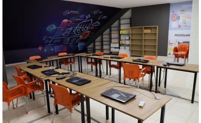 Karaköprü'de gençler için yazılım kursu açılıyor