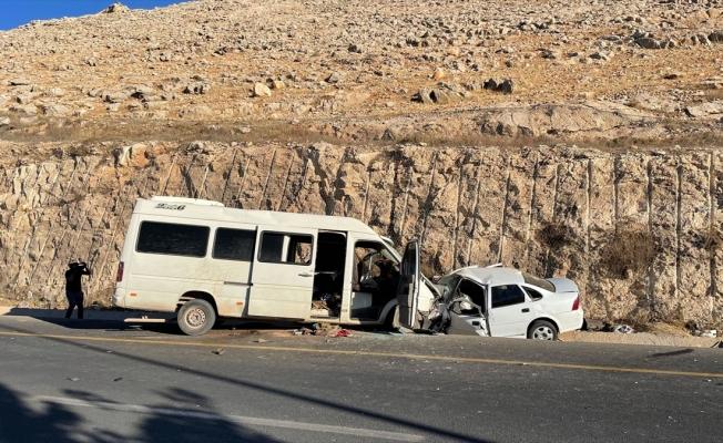 Şanlıurfa'da trafik kazasında 1 kişi öldü, 17 kişi yaralandı