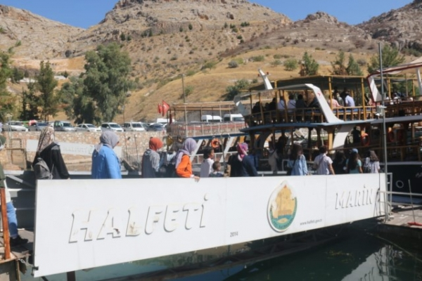 Şanlıurfa'lı Gençler Halfeti'yi Büyükşehir İle Keşfetti