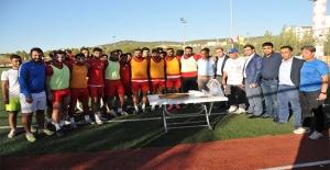 Karaköprü Belediyespor'a Moral Ziyareti