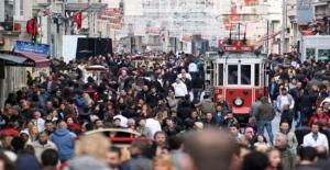 Şehir Yaşamı Kadınları Daha Çok Yoruyor