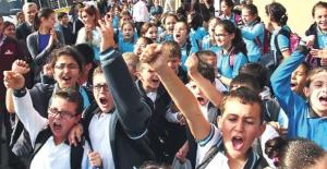 Matematik ve Fen'de Öğrencilerin Başarı Oranı Arttı