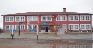 Suruç'ta 14 Öğrenci Zehirlendi