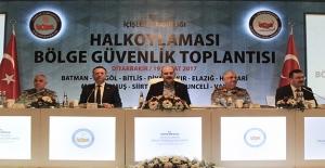 """Diyarbakır'da """"Halk Oylaması Güvenlik Toplantısı"""""""