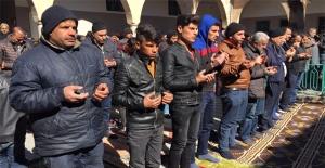Şanlıurfa'da Cuma Namazı Sonrası Yağmur Duası Yapıldı