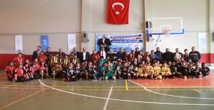 Urfa'da Minikler Voleybol Final Müsabakaları Sona Erdi