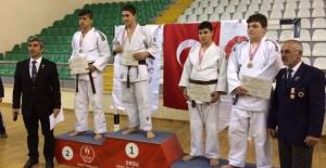 Büyükşehir Judo Kulübünden Büyük Başarı