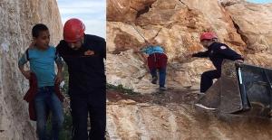 Eyyübiye'de Kayalıklarda Mahsur Kalan Çocuğu İtfaiye Kurtardı