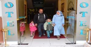 Gardıropta Yaşayan Aileye İş Bulundu, Sıra Evde