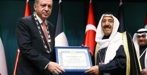 Kuveyt Emiri El Sabah'a Devlet Nişanı Verildi