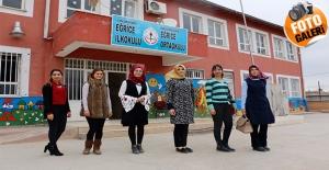 Şanlıurfa'nın Suriye Sınırdaki Okulun Fedakar Kadın Öğretmenleri