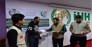 Şanlıurfa'da Pakistan'dan Suriyelilere Yardım