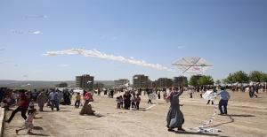 Karaköprü'de Uçurtma Şenliği