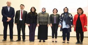 Şanlıurfalı Kadınlara ''Erken Tanı Hayatta Kal'' Konferansı