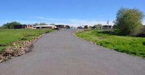 Siverek'te Mahalle Yolları Betonla Kaplanıyor